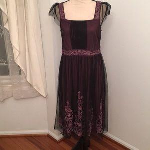 The Pyramid Collection size medium dress